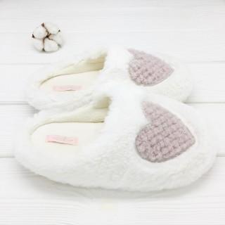 Тапочки «Пушистые сердечки» белые