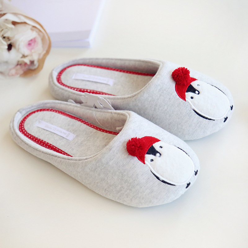 slippers-penguins-4-800x800.jpg